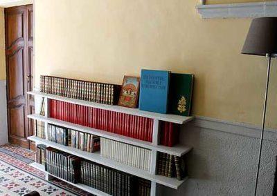 gîte de caractère 4 pers prades 66 bibliothèque rando (17)