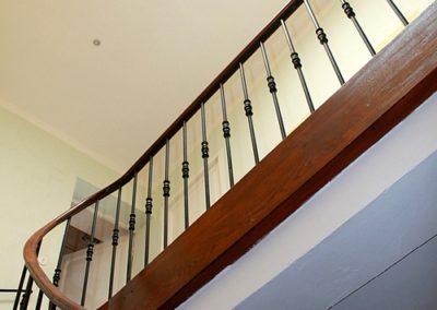 Escalier gite location prades 66 les loges de la suite (11)
